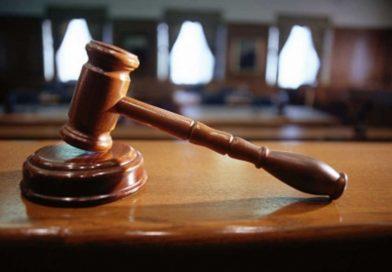 Житель Якутии дал ложные показания в пользу родственницы, обвиняемой в коррупции
