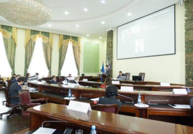 Как депутаты совместно вопросы решают