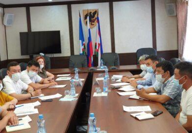 Евгений Григорьев поддерживает сотрудничество с администрациями районов и землячеств в городе Якутске